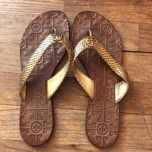 Tory Burch Thora size 7